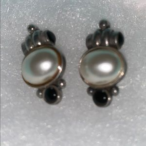 Vintage Jewelry - Freshwater Pearl, Sterling & Black Onyx Earrings